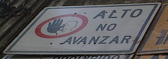 carteles-altono-avanzar-prohibido-el-paso-de-peatones_MLA-F-2597289629_042012