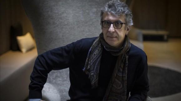 Barcelona 25-04-2016 -Entrevista Para El Dominical con el escritor Gabriele Romagnoli autor de Viajar ligero Foto Carlos Montanes