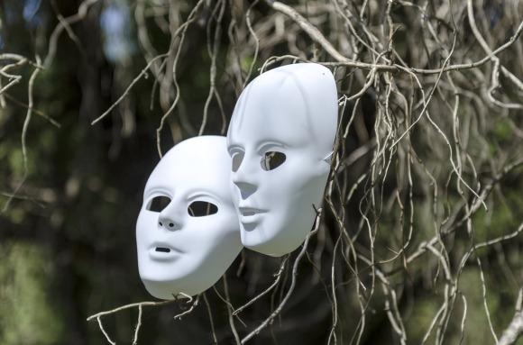masks-1152278_1280