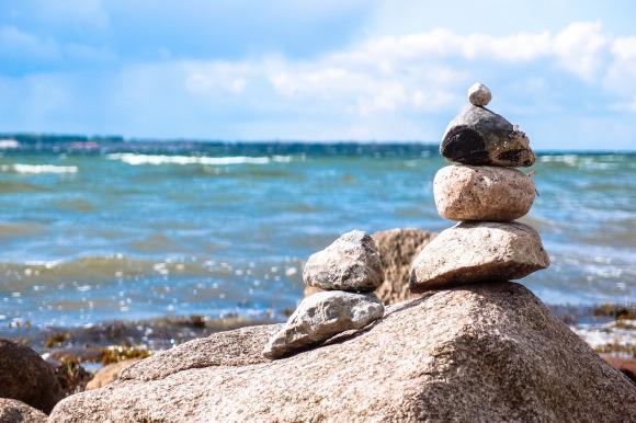 stones-946183_1280